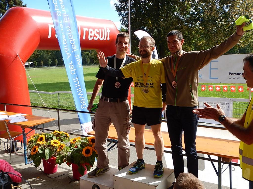 Mit Jörg Destefani und Marcel Knaus auf dem SM-Podest
